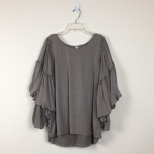 Monoreno Gray Bell Sleeve Blouse Sz S